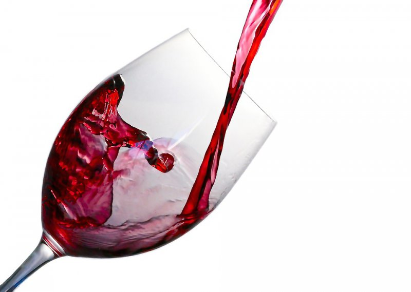 Drinking on a Budget: 7 Cheap Wines that Don't Taste Like Crap | NGW